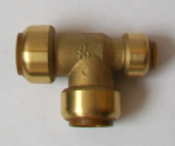 Brass Push Fit Tee 22mm x 15mm x 22mm Unequal Tee - 27262200